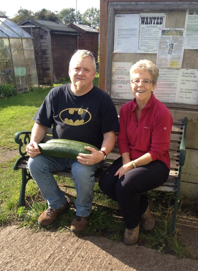 Phil Peak from Reddish Vale Allotments visits St Lesmo Road Allotments - Summer 2014
